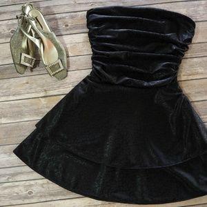 Urban Renewal - Strapless Cocktail Dress NWT - XXS